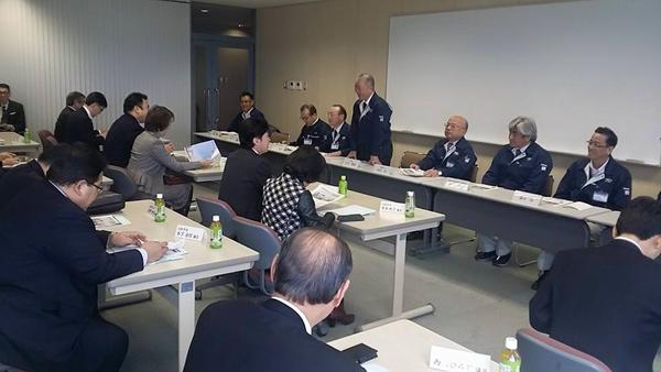 府市統合案件として議案となっている施設を議員団で訪問。