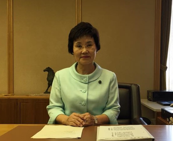 加藤仁子議員が満場一致で第116代副議長に推挙されました。